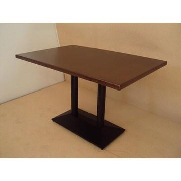 Profesjonalny stolik z podstawą z żeliwa i orzechem do baru Cafe